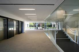 Modern office architecture Village Modern Commercial Office White Black Stair Lobby Res4 Resolution Architecture Res4 Resolution Architecture Rms California Modern Office