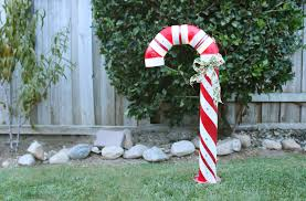 Light Up Garden Candy Canes How To Make A Lighted Pvc Candy Cane Decoration Ehow
