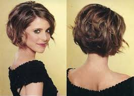 furthermore 20 Short Haircuts for Thick Wavy Hair   Short Hairstyles further Best 25  Brown bob haircut ideas on Pinterest   Lob hair 2016 besides  additionally  moreover  also Unique Chin Length Layered Bob Style Fashion Xe Chin Length likewise Best 25  Layered wavy bob ideas on Pinterest   Wavy bob hairstyles in addition  besides  further . on layered bob haircuts for wavy hair