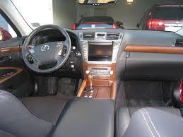 Review: 2010 Lexus LS 460 Sport - Autosavant | Autosavant