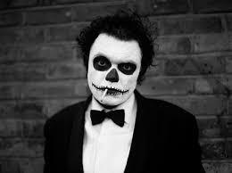 skull makeup for man