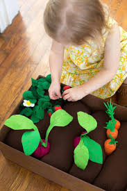 introduce gardening to your kids with this fun and safe diy felt garden craft