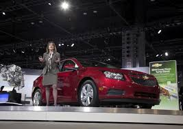 GM stops selling some Cruze small cars, offering no reason