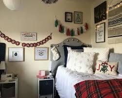 holiday dorm room decorating ideas