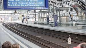 Erzielen die gewerkschaft deutscher lokomotivführer und die deutsche bahn keine einigung. B Lhww5cdzdczm