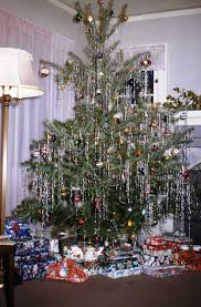 vintage christmas tree pictures.  Tree This Is A Scintillating Vintage Christmas Tree Decor In Silvery Tones  Loved It Absolutely Intended Vintage Tree Pictures I