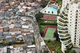 Resultado de imagen para 1% rico que el resto del mundo la pasa mal