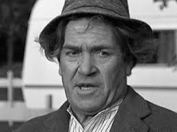 Peter Butterworth, notably famous for playing the character of Mr Fiddler, the aptly named con merchant ... - peter_butterworth_bw
