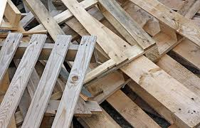 where to find free pallets for reclaimed wood projects