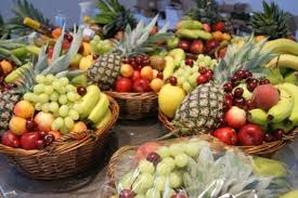 we offer fresh fruit gift baskets and liquor and wine baskets we will hand deliver to brooklyn manhattan and new york city and we ship anywhere in the