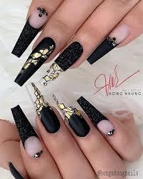 250 unas acrilicas esculturales punta pipe negro y dorado. Sanbar Nails Bonitas Y Elegantes Unas Negras Facebook