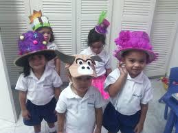 Resultado de imagen de desfile de sombreros