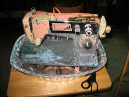 How To Paint A Sewing Machine