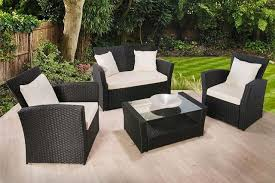 199 instead of 669 01 from dining tables for a four piece polyrattan garden furniture set save 70