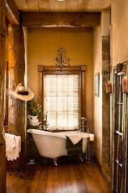 eye catching diy western bathroom decor gpfarmasi 703c150a02e6 old west decorating ideas