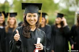 Происхождение традиции получения диплома в мантии интересная  Происхождение традиции получения диплома в мантии
