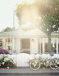 Marvelous A Bold, Bright U0026 Beautiful Beach Cottage Designed By Krista Ewart, A Little  Cottage On Balboa Island (off Of Newport Beach), California.