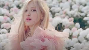 On The Ground MV: BLACKPINK member Rosé makes her solo debut with stunning  video, Jisoo showers her with love