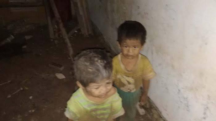 Kondisi dua balita yakni Rahman dan Akbar saat ditemukan dikurung dalam gudang oleh pamannya sendiri di Tanjunguncang