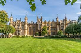 Day trips from London: Knebworth House | Sunsets and Suitcases