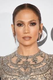 recreate jennifer lopez s makeup look