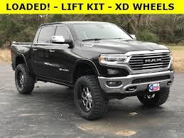 NEW 2019 RAM 1500 LARAMIE LONGHORN® CREW CAB 4X4 5'7