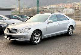 Get back on the road. Mercedes S Class W221 2006 2013 Different Car Review