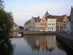 photo essay beautiful canals in bruges adventurous  tweet