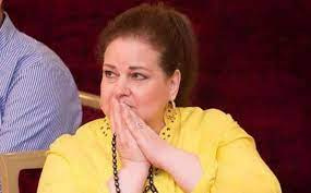 أنباء عن زراعة رئة للفنانة المصرية دلال عبد العزيز - موقع الأمصار