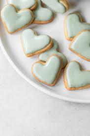 Recipe that uses meringue powder. Mini Heart Shaped Sugar Cookies Sugar And Charm