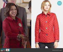 WornOnTV: Selina's red quilted jacket on Veep | Julia Louis ... & Burberry Copford Quilted Jacket worn by Julia Louis-Dreyfus on Veep Adamdwight.com