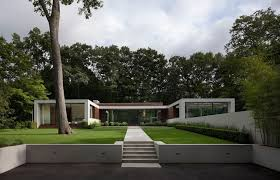 astounding u shaped house with courtyard plans home design luxamcc