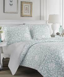 blue white mia reversible quilt set