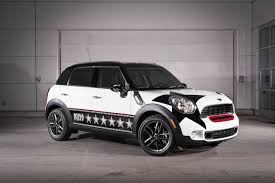 2011 MINI Countryman KISS Edition Review - Top Speed