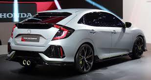 Honda Civic Berwarna Putih
