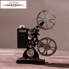 Bar Accessories And Decor Hot Selling Creative Vintage Projector Model Retro Resin Crafts 95