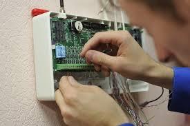 Установка приемно контрольных приборов для систем пожарной  Установка приемно контрольных приборов