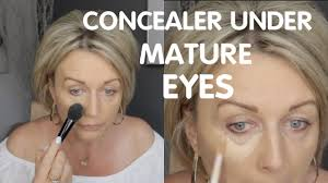 under eye concealer without creasing