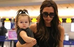Malá Harper Beckham účes Jako Táta Ahaonlinecz