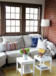 Fashionable Rounded Pedestal Coffee Table And Vintage Sofa Living Coffee Table Ideas For Small Living Room
