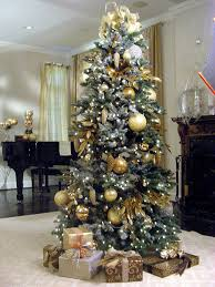 Create a Designer Christmas Tree. Christmas Decorating IdeasChristmas Tree  IdeasGold ...