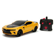 Sent to earth as the protector of sam witwicky, bumblebee. Jada Toys Hollywood Rides Rc Transformers The Last Knight Bumblebee 2016 Chevy Camaro Remote Control Vehicle 1 16 Scale Glossy Yellow Target
