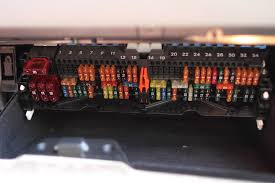 e46 m3 fuse diagrams chitown m forum chicago s bmw m and here is the main fuse box in the glove compartment just for reference