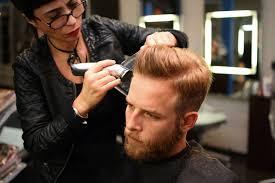 Lorsqu'on a la chance d'en avoir, les cheveux sont une partie de notre corps que l'on porte. Coupes Tendances Hommes 2021 A Lyon Salon De Coiffure Homme Femme A Lyon 2 Coiffure Des Arts