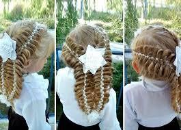Длинными волосами нужно гордиться повсеместно. 25 Idej Pricheski Na 1 Sentyabrya S Bantami Kosami I Lentami S Foto Pervoklassnye Ukladki Na Dlinnye I Srednie Volosy Dlya Devochek Na Den Znanij