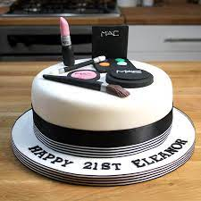 Making edible makeup cake decorations may seem like something only a professional baker can do, but it is actually quite easy! Make Up Cake Girl S Cosmetic Cake Tutorial