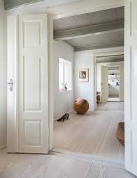 best cleaner for vinyl plank floors remodeling 101 a guide to the ly 6 wood flooring