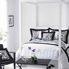 White room ideas Amazing Black And White Decorating Ideas For Modern Bedrooms Lushome 18 Stunning Black And White Bedroom Designs
