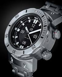 uts 4000m divers watch hommestyler mens fashion blog style blog uts 4000m diver watch review