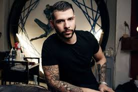 Who Is Jay Hutton Ink Artist On E4s Tattoo Fixers And Friend Of